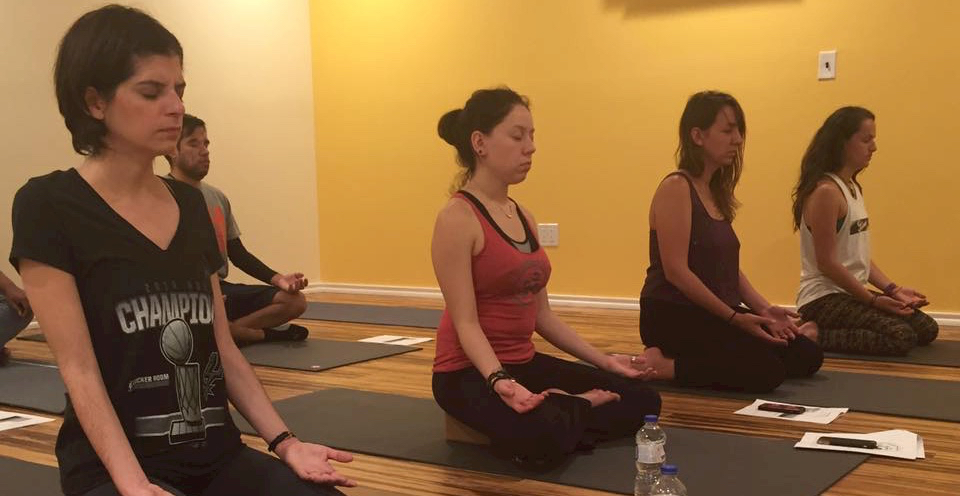 seated-meditation-san-antonio-power-yoga